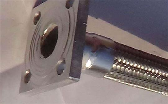 储罐抗震金属软管